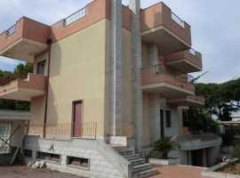 Zona Carrassi villa ristrutturata